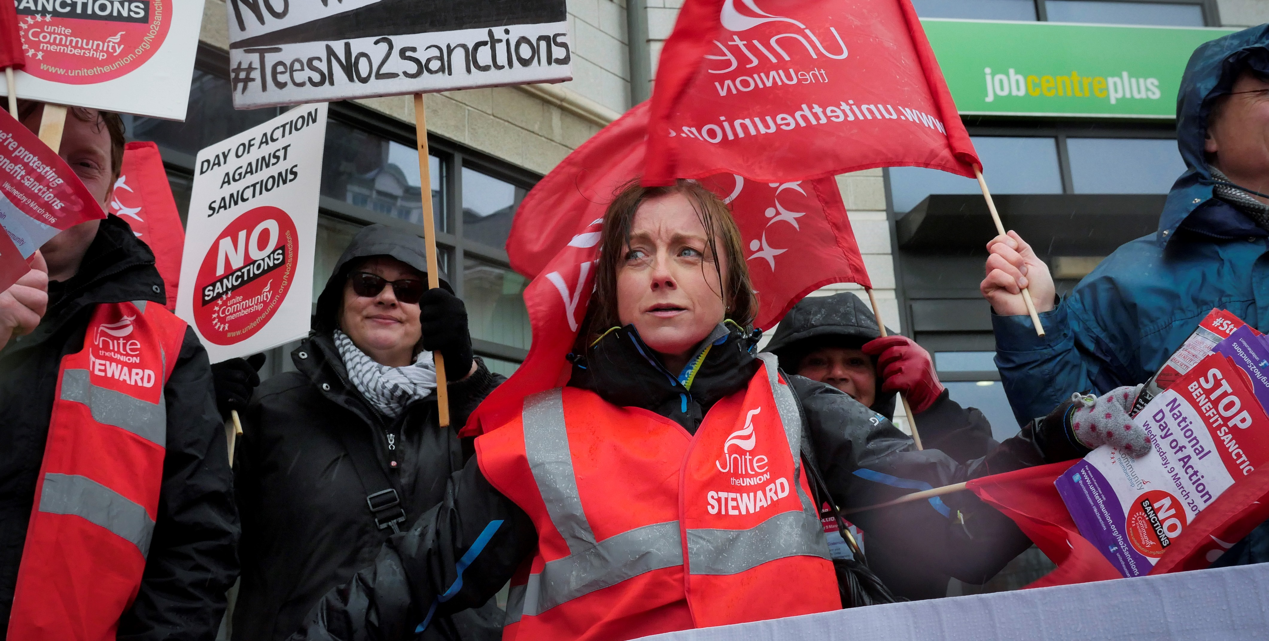 Unite day of action against benefit sanctions. North-east of England activities 9/3 2016 Picket outside Middlesborough Job Centre.  Photo©: Mark Pinder/Meta-4 +44 (0)7768 211174 (mobile) +44 (0)808 189 3443 (free) pictures@meta4photos.com www.meta4photos.com